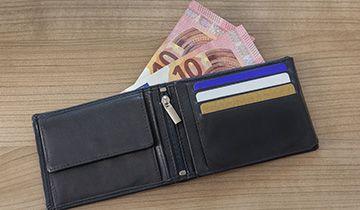 10 eur for registering